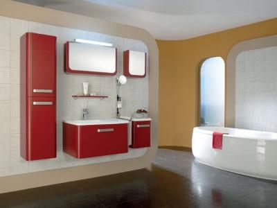 Мебель для ванной комнаты с пеналом