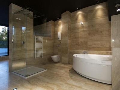 Отличие точечных влагозащищенных светильников для ванной от обычных светильников
