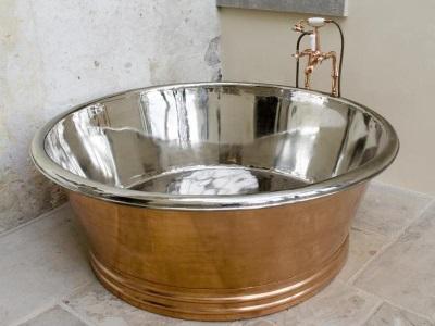 Стальная круглая ванна