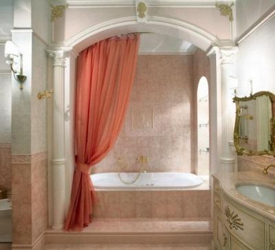 Красивая шторка из ткани в ванную комнату