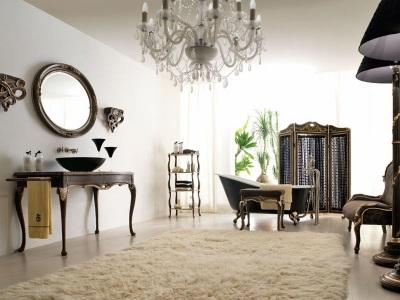 Изящный стол, диван, шкаф и ванна на львиных лапах - это ванная комната в стиле барокко