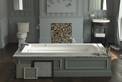Ванна Kohler в ретро ванной комнате