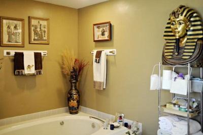Ванная выполненная в египетском стиле
