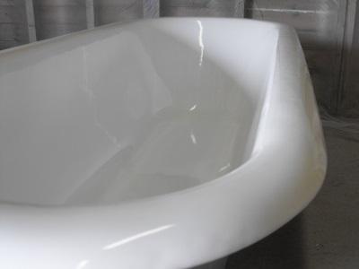 От чего зависит вес акриловой ванны