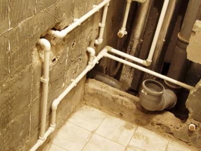 Замена труб в ванной комнате своими руками