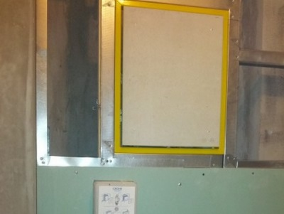 Монтаж сантехнического (ревизионного) люка в ванной комнате