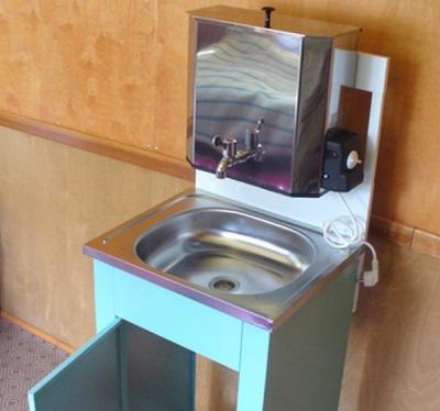 Умывальник-мойдодыр на дачу с подогревом воды