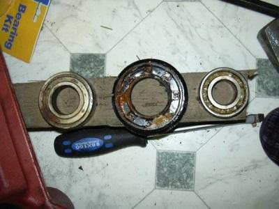 Замена старых подшипника и сальника на барабане стиральной машины