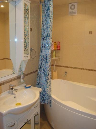 Установленный бесшумный вентилятор для ванной с обратным клапаном