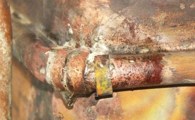 Течь в теплообменнике газовой колонки - как запаять своими руками?