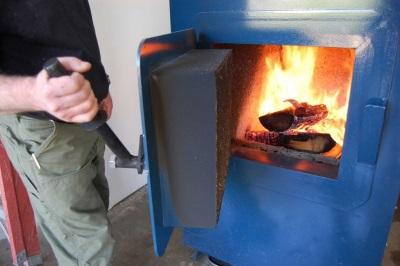 Топка дровяного водонагревателя