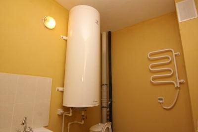 Настенный газовый накопительный водонагреватель