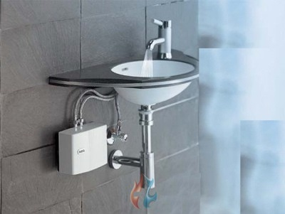 Нагреватель воды на кран