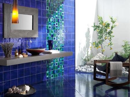 Сине-бирюзовая ванная
