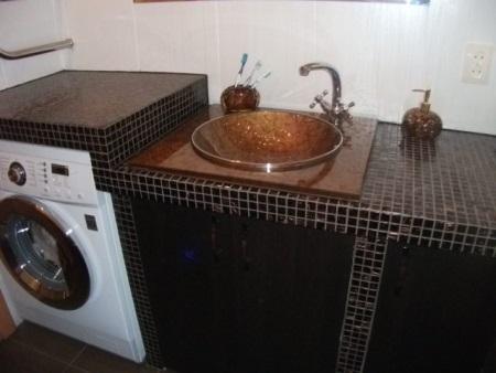 Ванная комната со столешницей