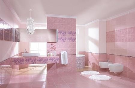 Нежная розовая ванная комната