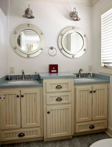 Мебель в морском стиле ванной