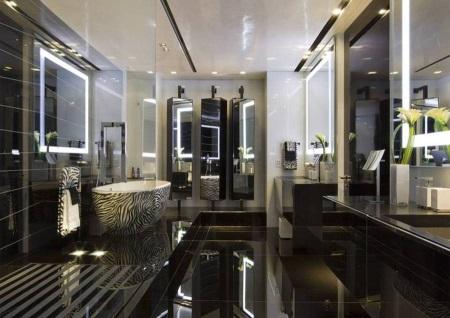 Галогеновая подсветка зеркал в ванной
