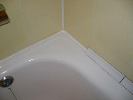 Керамические бордюры для ванны и уголки: выбор, установка и монтаж