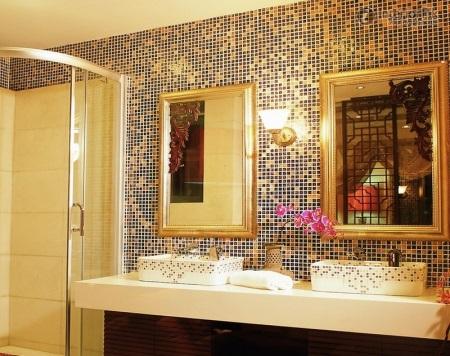 Die Nachteile Eines Mosaik Fliesen Können Mit Einem Relativ Hohen Kosten  Des Materials Und Seiner Montage Im Vergleich Zu Analoga Umfassen.